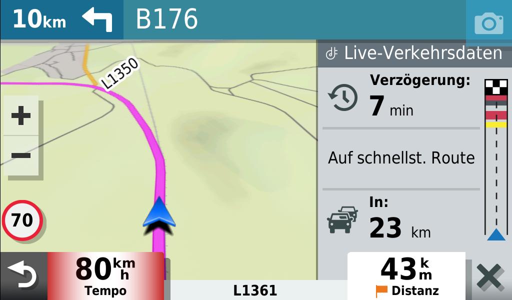 garmin-drivesmart-65-stau-auf-der-route