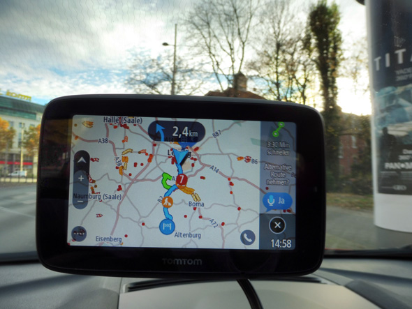 TomTom Go Essential bietet alternative Route an