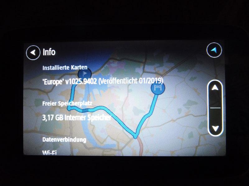 TomTom Go Premium Info zum Navigationsgerät