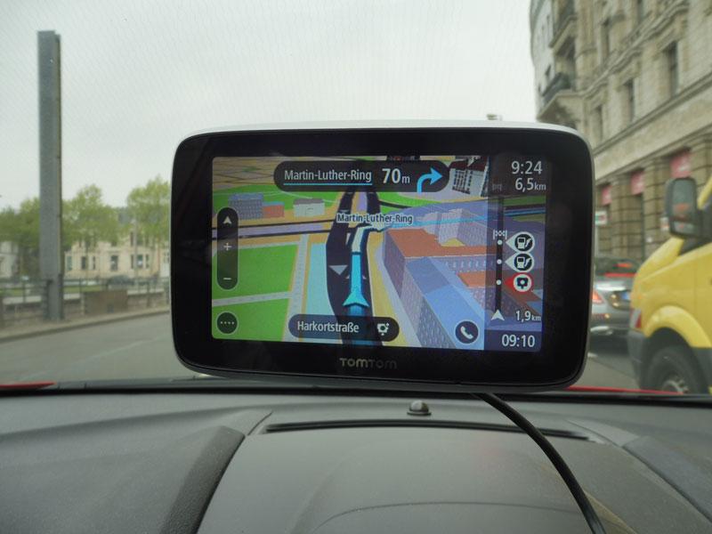 TomTom Go Premium 3D Ansicht von Gebäunden