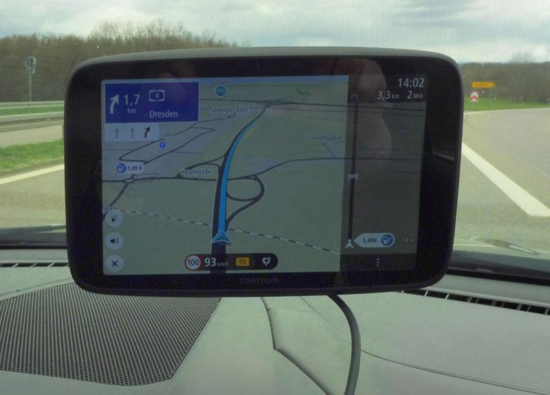 tomtom-go-discover-7-zoll-autobahn-wechseln