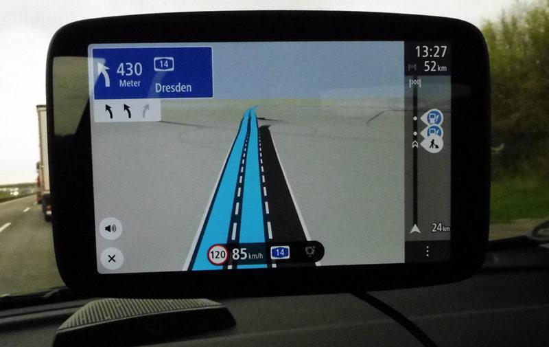 TomTom Go Discover 7 Zoll Dynamischer Fahrspurassistent für Autobahn